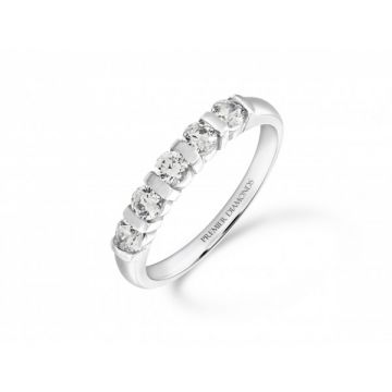 Modern 5 stone bar set round brilliant cut diamond eternity ring with polished detailing 0.50 carat