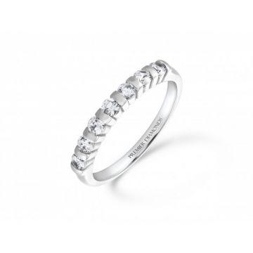 Modern 7 stone bar set round brilliant cut diamond eternity ring with polished detailing 0.42 carat