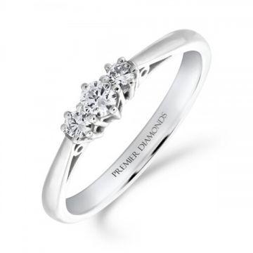 Classic six claw round brilliant cut diamond trilogy 3 stone ring 0.25 carat